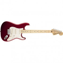 Fender Deluxe Roadhouse™ Stratocaster®, Maple Fingerboard, Candy Apple Red